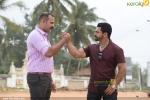 padmaraj ratheesh in dham malayalam movie photos 110 001