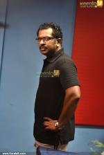 sreejith ravi in dham malayalam movie pictures 400 007