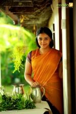 actress anu sithara in fukri malayalam movie stills  002