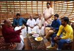 gandhinagaril unniyarcha malayalam movie photos 121