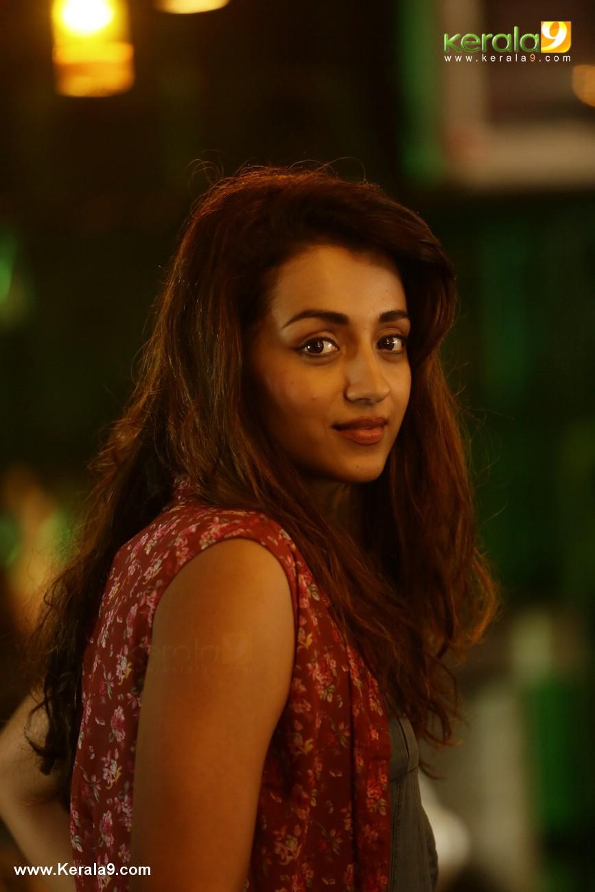 trisha hey jude malayalam movie stills  001