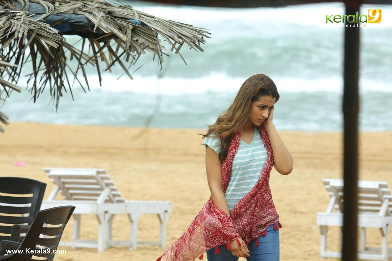 hey jude malayalam movie stills  028
