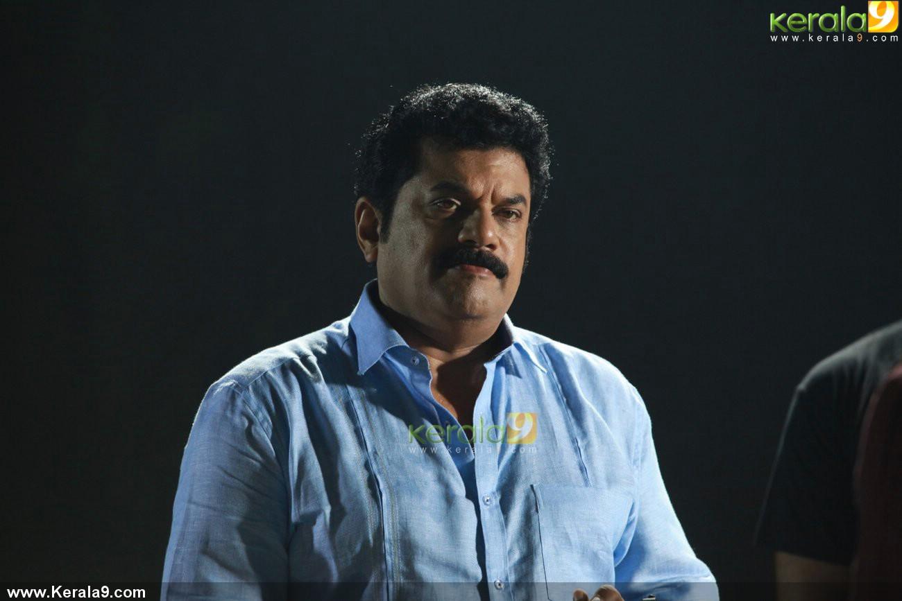 john honai malayalam movie mukesh pics 001