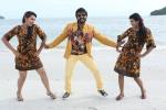 kadavul irukan kumaru tamil movie stills 23