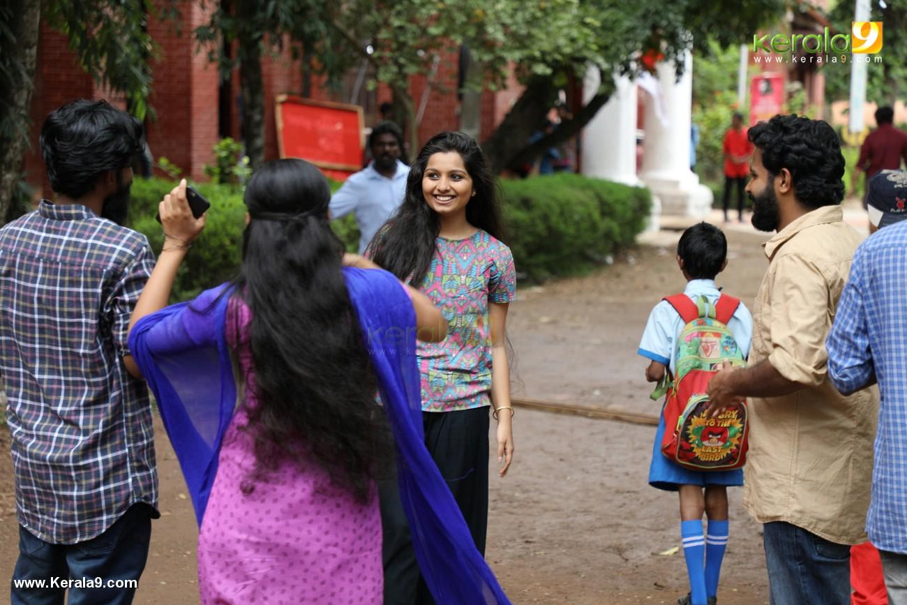 kala viplavam pranayam malayalam movie pics 443 001
