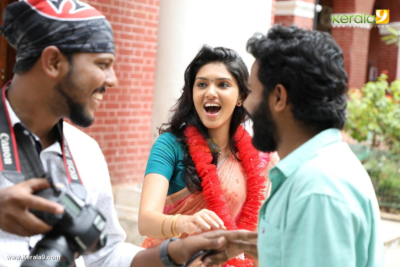 kala viplavam pranayam malayalam movie pictures 222