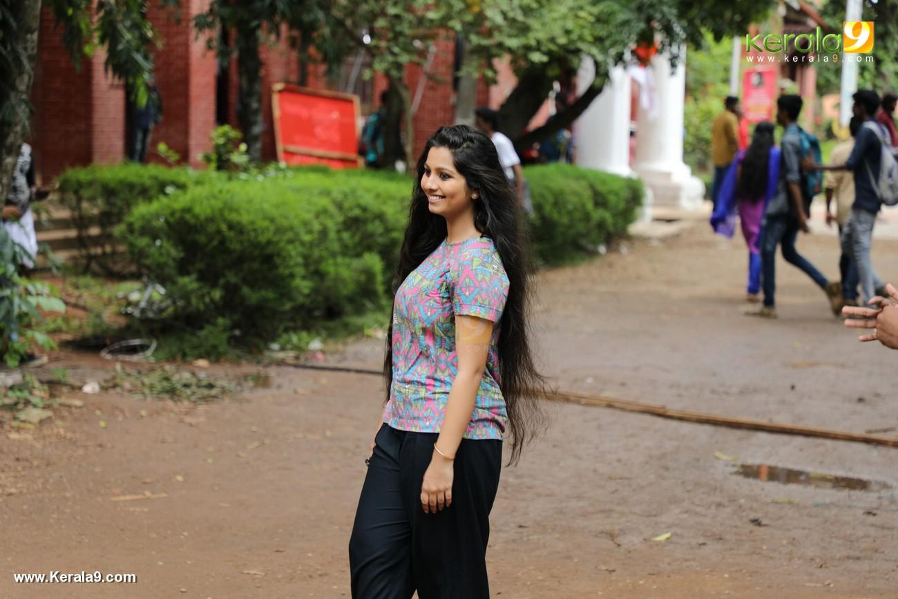 kala viplavam pranayam movie niranjana anoop photos 128