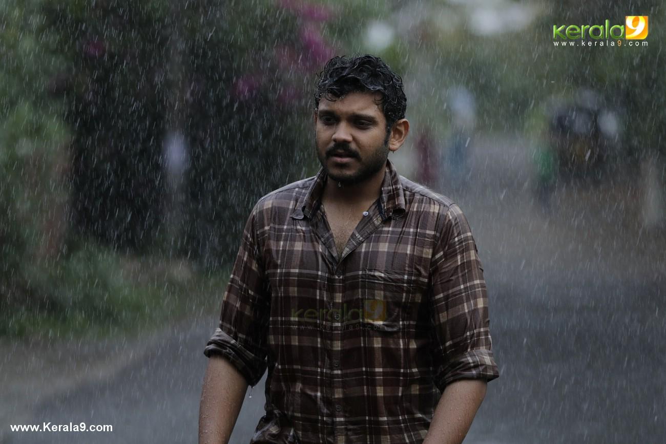 mukesh son shravan movie kalyanam malayalam movie stills 007