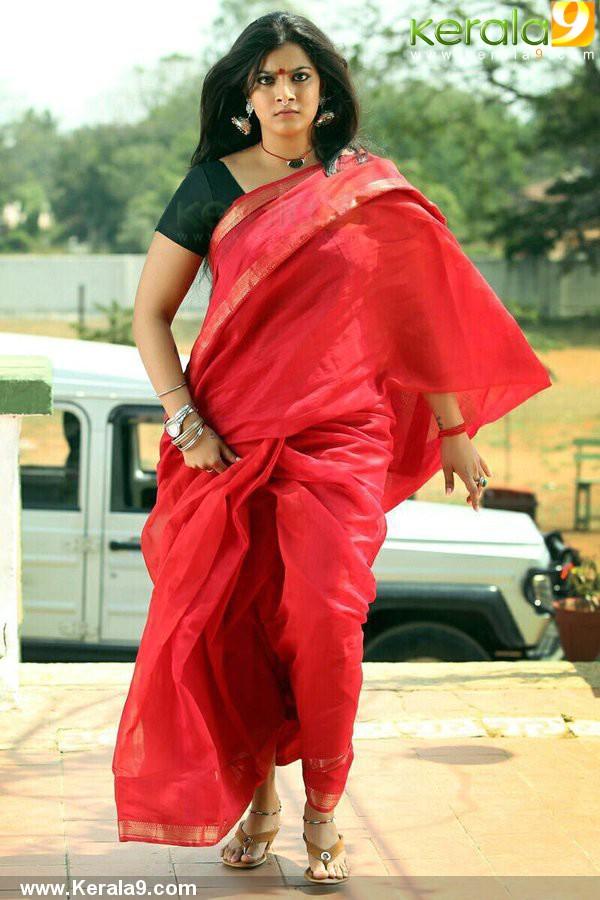 kasaba malayalam movie neha sexena pics 357