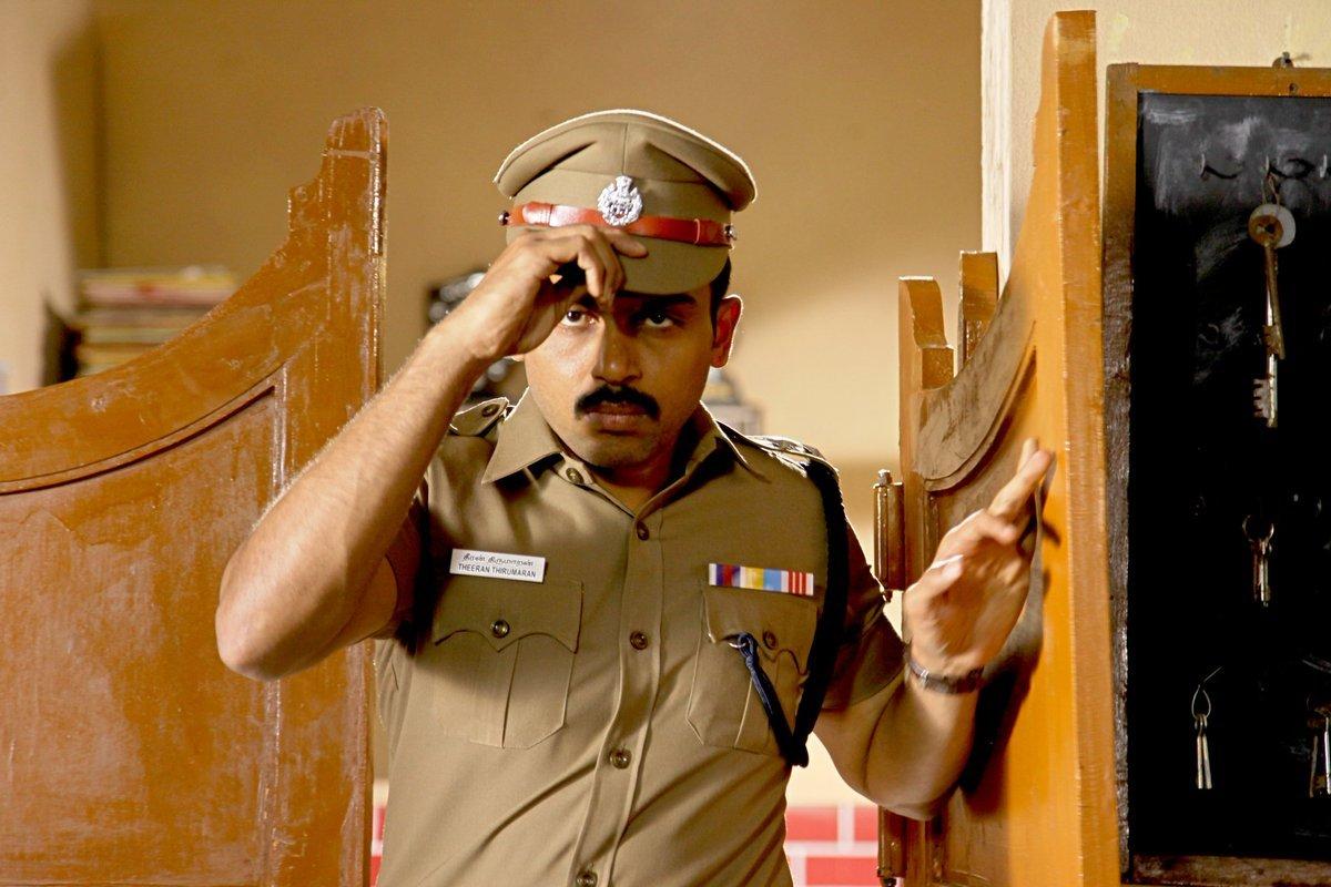 khakee tamil movie karthi photos 120 00