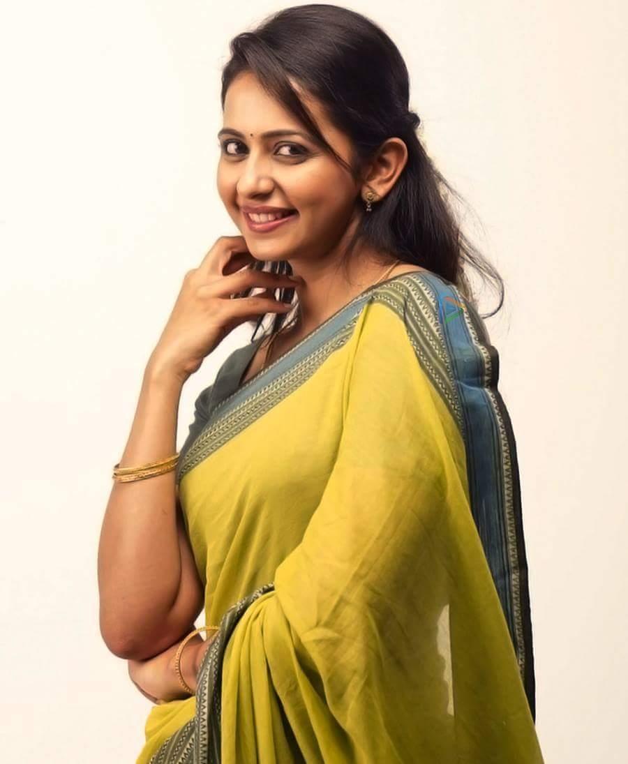 khakee tamil movie rakul preet singh photos 129 005