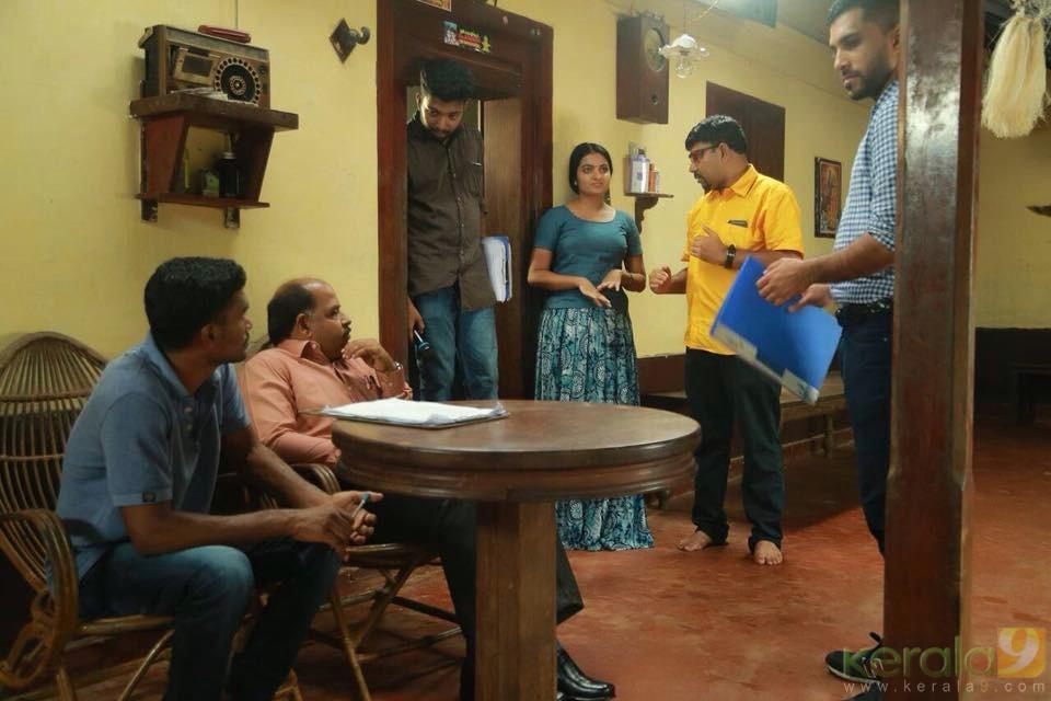 kunjiramante kuppayam movie stills