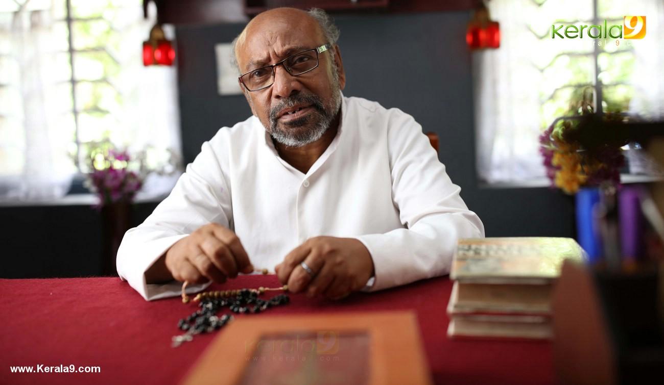 kuttanpillayude sivarathri movie stills  002