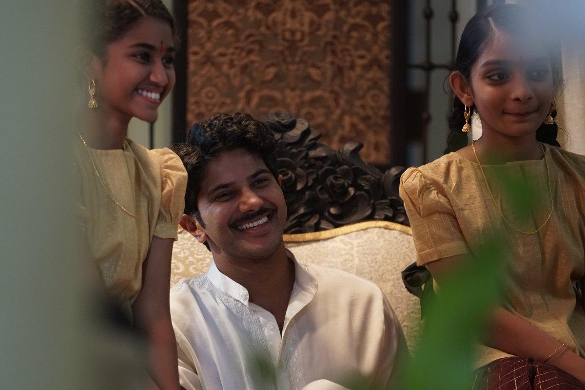 mahanati latest images 064892