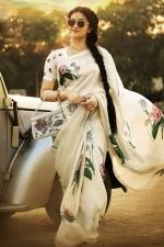 keerthy suresh mahanati movie stills