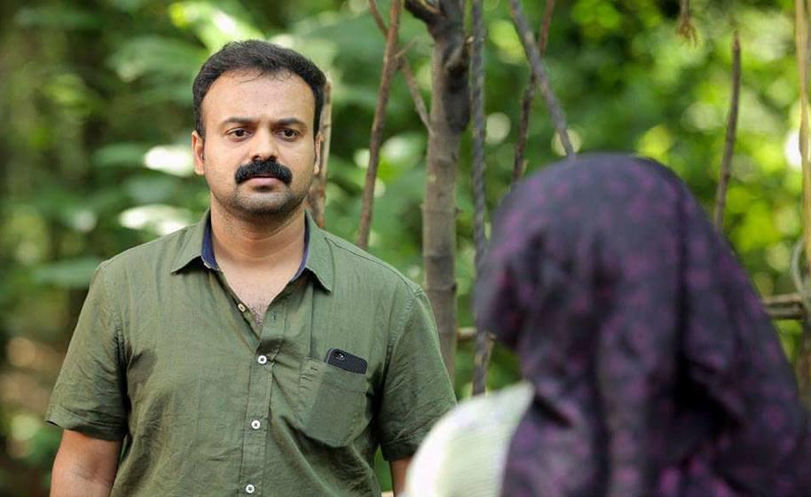 kunchacko boban in mangalyam thanthunanena movie stills 3