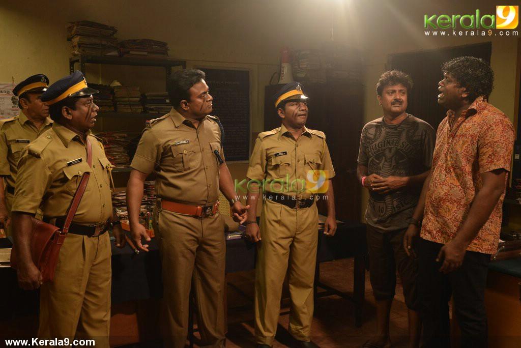 mannar mathai speaking 2 movie stills 03