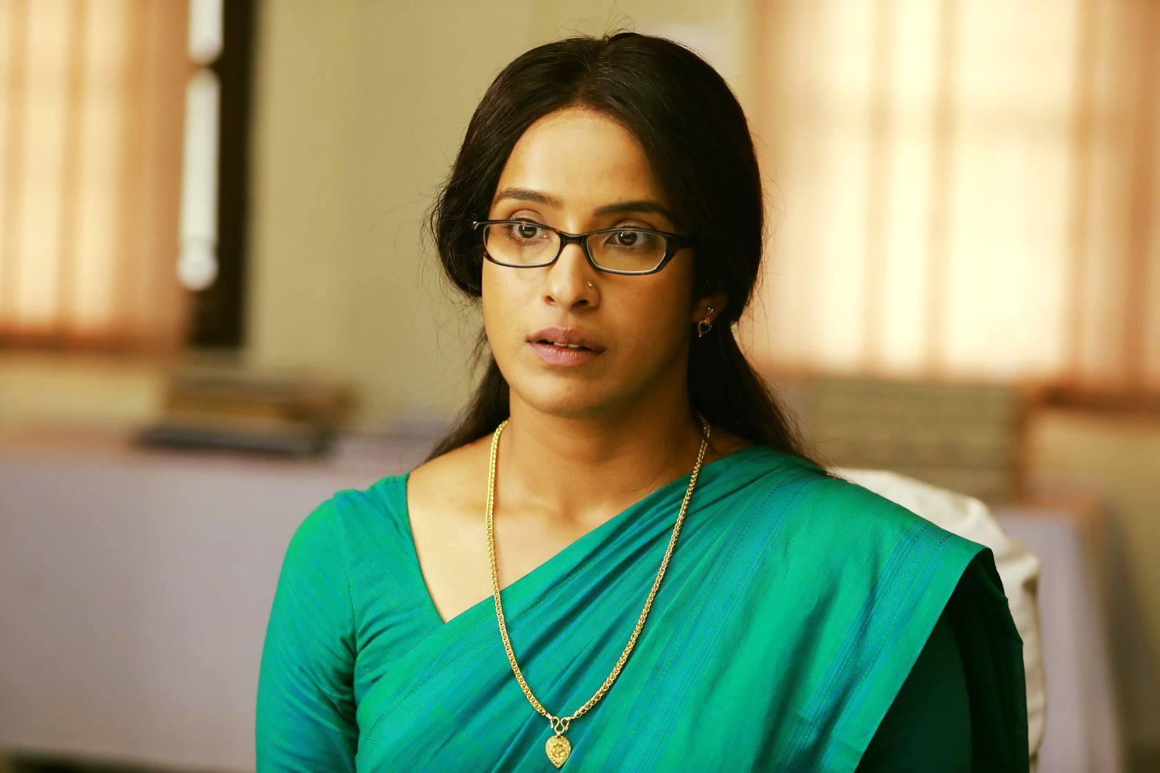 aparna gopinath in mazhayathu movie stills  5
