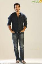meendum oru kadhal kadhai  tamil movie images 319 003