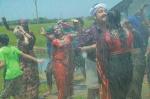 munthirivallikal thalirkkumbol movie pics 147 00