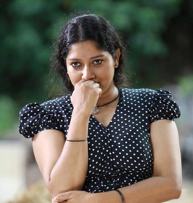 nilavariyathe malayalam movie anumol photos 332 002