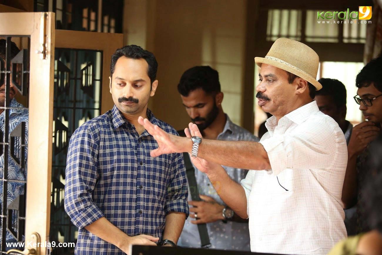 njan prakashan movie stills  20