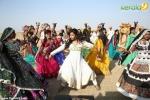 oru indian pranayakadha latest photos 121