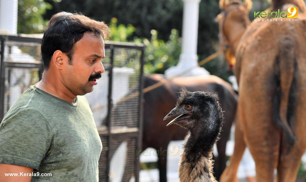 panchavarna thatha movie stills  001