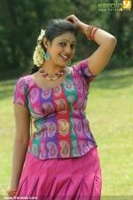 puthusa naan poranthen tamil movie pics 210 007