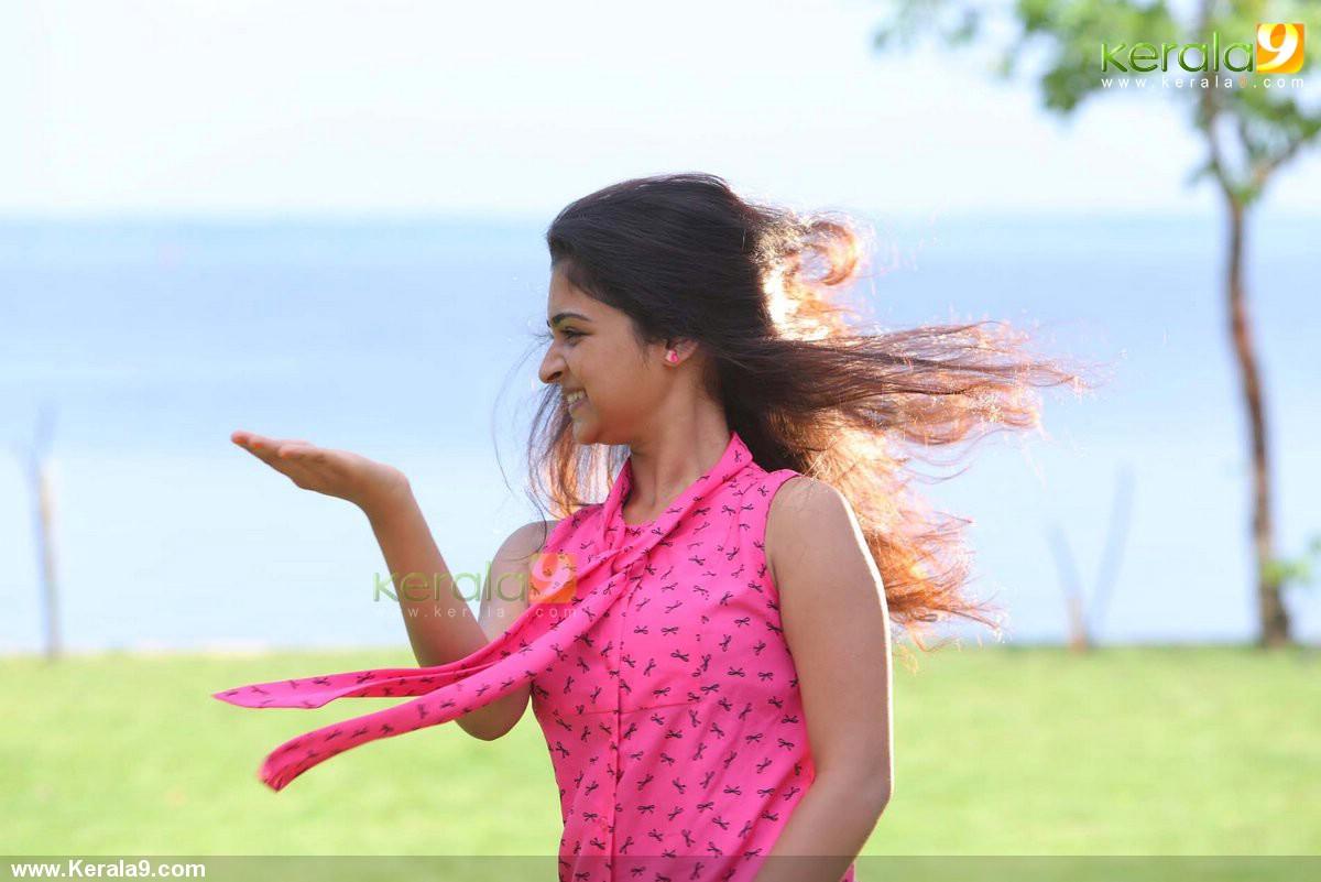 queue malayalam movie swarna thomas stills