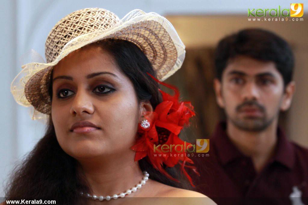 5329iniya radio malayalam movie pictures