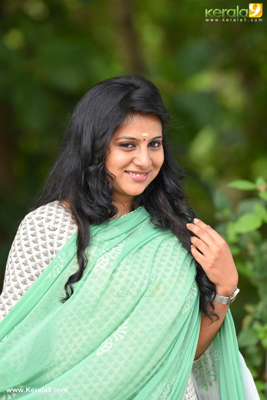 anna rajan in sachin malayalam movie stills 001