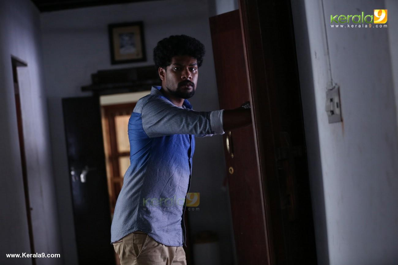 sakhavinte priyasakhi malayalam movie photos 123 010