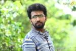 sakhavinte priyasakhi malayalam movie shine tom chacko pics 443 003
