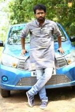 sakhavinte priyasakhi malayalam movie shine tom chacko pics 443 008