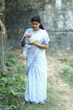 sakhavinte priyasakhi movie neha saxena pics 111