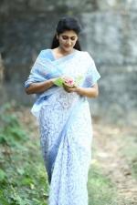 sakhavinte priyasakhi movie neha saxena pictures 999 001