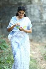 sakhavinte priyasakhi movie stills 123