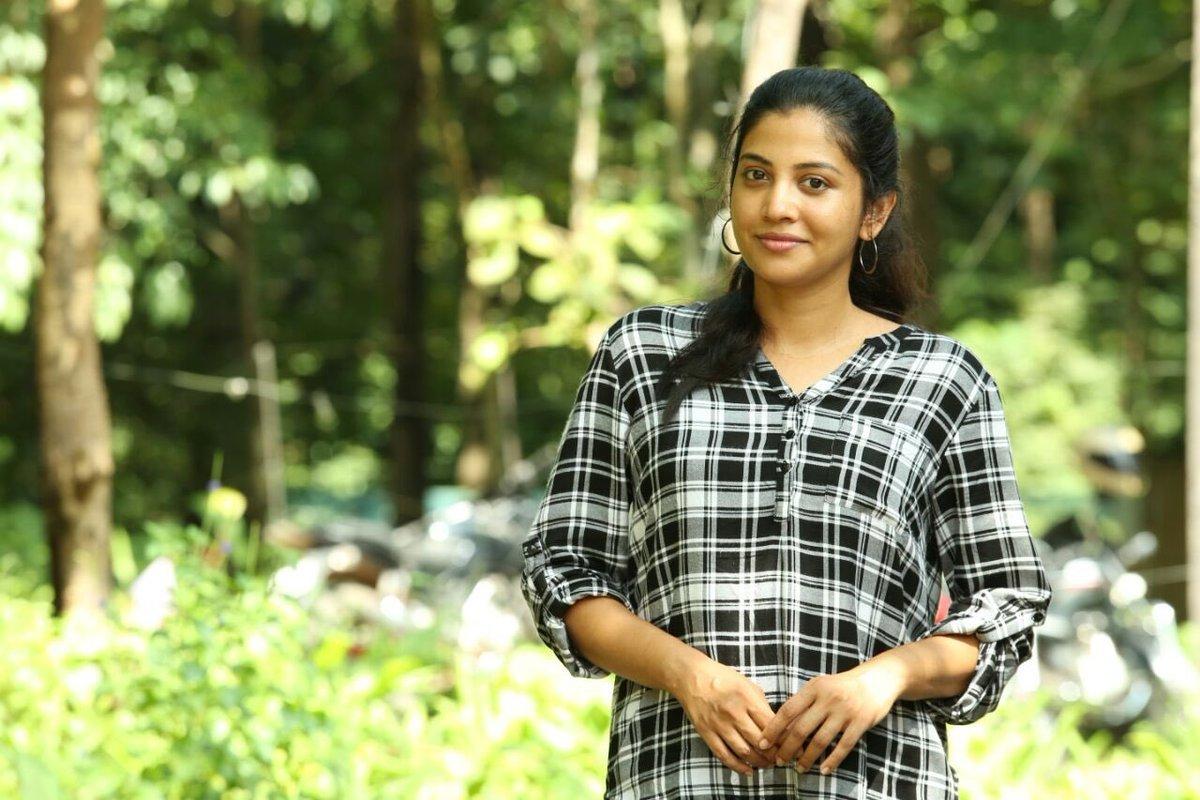 shikari shambu malayalam movie sshivada photos 123