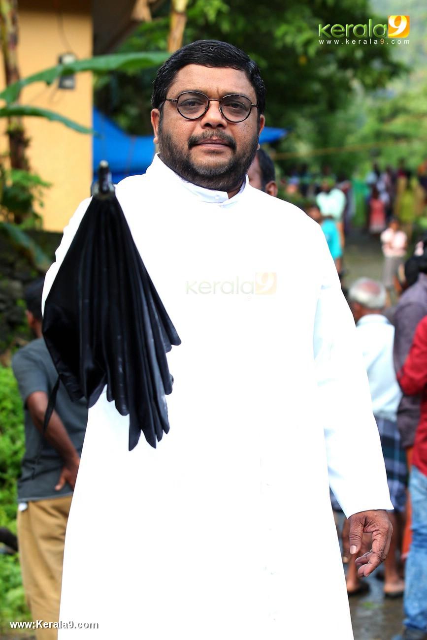 shikkari shambu malayalam movie photos 121 005