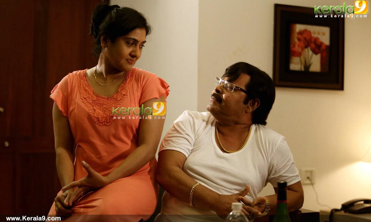 Swarnakkaduva malayalam movie stills 4006