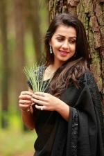 team 5 malayalam movie nikki galrani photos 097 001