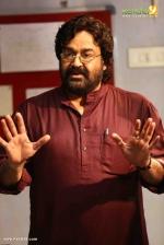 velipadinte pusthakam malayalam movie mohanlal photos 190 006