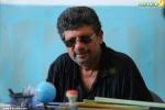 vilakkumaram malayalam movie vijay menon pics 222
