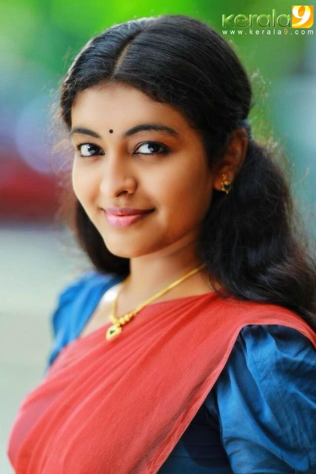 vimanam malayalam movie actress durga krishna photos