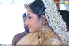 samvritha-sunil-marriage-photos01-006