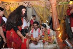 samvrutha-sunil-marriage-wedding-pics08-012