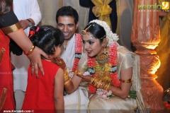 samvrutha-sunil-marriage-wedding-pics08-013