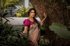 1_aditi-ravi-saree-photos-005