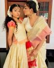 ahaana krishna new onam saree photos-002